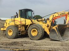 2001 New Holland LW230 Loaders