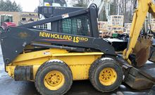 New Holland LS180 Skid steers