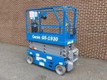 2014 Genie GS-1930 Work platfor