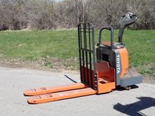 2012 Toyota 8HBE30 Forklifts