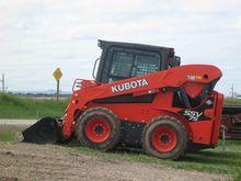 Kubota SSV75HRC Skid steers
