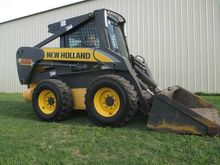 New Holland l185 Skid steers