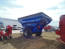 2015 Demco 850 Grain carts