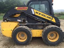 2011 New Holland L225 SKID STEE