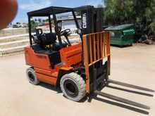 2003 CLARK GPX-20 Forklifts