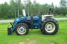 Ford 5610 Compact tractors