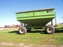 Parker 5500 Grain carts