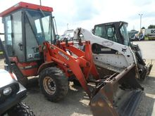 2004 Kubota R420 Loaders