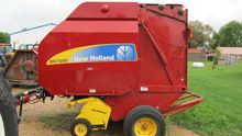 2012 New Holland BR7090 Hay equ