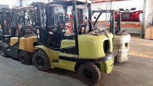 CLARK CGP40 Forklifts
