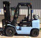 2013 Utilev UT25P Forklifts
