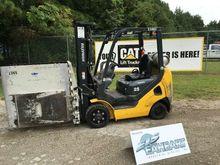 2014 Komatsu FG25ST-16 Forklift
