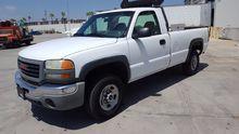 2003 GMC SIERRA 2500HD Pick-ups