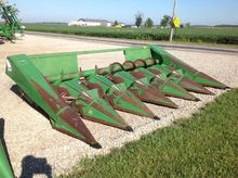 JOHN DEERE 643 Row crop headers