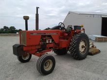 ALLIS-CHALMERS 200 Tractors