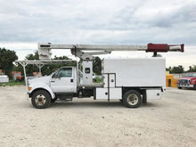 2007 FORD F750 Booms