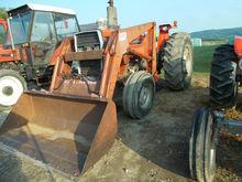 MASSEY FERGUSON 285 loader Trac