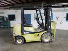 1997 CLARK CGP25 Forklifts