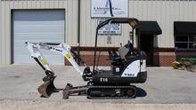 2014 Mini excavator Bobcat E14A