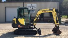 2010 Mini excavator Yanmar B25V