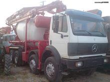 Mercedes-Benz 3229 + Concrete m