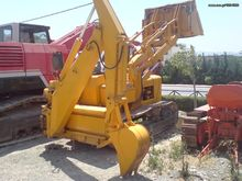 JOHN DEER JD450 loader backhoe