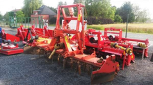Used KUHN HR302 in K
