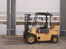 Used 1989 Hyster H2.