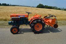 Used Kubota B7000 mi
