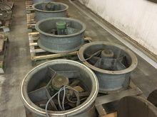 Used ventilator stal