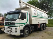 Used Volvo FM12 in É