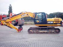 Used JCB JS220LC in