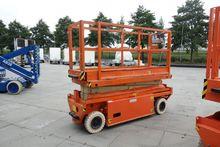 2002 Holland Lift Y64EL8