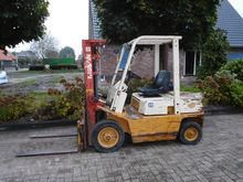 Used Nissan 25 in St
