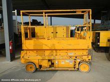 Used 2004 Genie GS 2