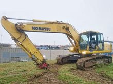 Used Komatsu PC210LC