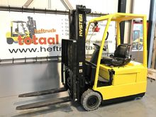 Used 2003 Hyster J 1
