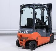 Used 2013 Toyota 8-F