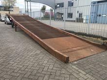 1990 Laadbrug 15 ton 11 meter l