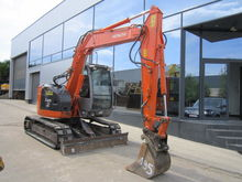 2004 Hitachi ZX85US
