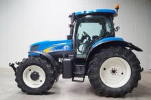 2005 New Holland TS125A
