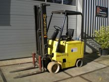 Used 1990 Hyster E2.