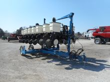 Used 2012 Kinze 3500