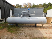 Gas Storage Tank With Compresso