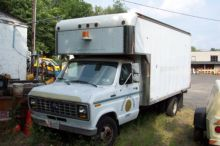 Ford, No. E-350, Box Truck on m