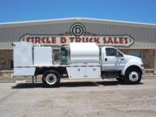 FORD F750 WITH FUEL & LUBE SYST