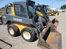 2011 John Deere 318D