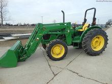 2013 John Deere 5093E
