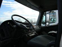 2005 Freightliner M2 112