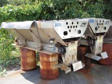 2000 Warren S/S Salt Spreader,